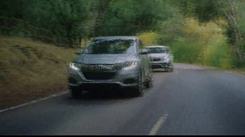 Honda Dream Garage Spring Event TV Spot, 'CR-V and HR-V' Song by Danger Twins [T1] - Thumbnail 6