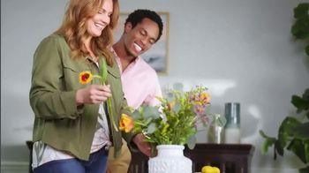 Kohl's Super Saturday TV Spot, '20 Percent Off: Tops, Shoes and Pillows' - Thumbnail 9