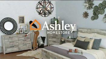 Ashley HomeStore Liquidación de Fin de Temporada TV Spot, 'Hasta 70 por ciento de descuento' [Spanish] - Thumbnail 1