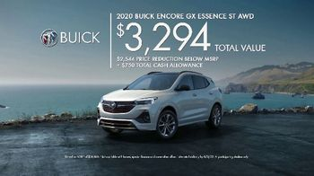 Buick Employee Discount for Everyone TV Spot, 'Surprise Dinner Party' Song by Matt and Kim [T2] - Thumbnail 8