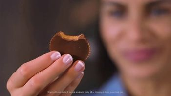 SlimFast Keto Fat Bomb Peanut Butter Cup TV Spot, 'Have One: Text'
