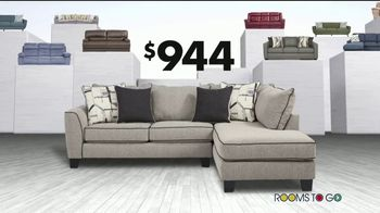 Rooms to Go Storewide Sofa Sale TV Spot, 'Big Savings: Fabric and Sleepers' Song by Junior Senior - Thumbnail 7