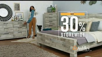Ashley HomeStore End of Season Sale TV Spot, '30 Percent Off and Doorbusters'