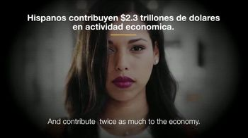 Committee to Defend the President TV Spot, 'Los latinos merecen alguien mejor' [Spanish] - Thumbnail 7