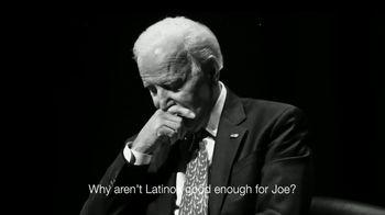 Committee to Defend the President TV Spot, 'Los latinos merecen alguien mejor' [Spanish] - Thumbnail 8