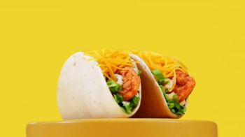 Del Taco Crispy Chicken Taco TV Spot, 'Only $1' - Thumbnail 3