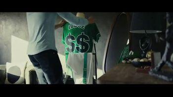Hulu TV Spot, 'Hulu Has Live Sports Again' Ft. Damian Lillard, Skylar Diggins-Smith,  Aaron Judge - Thumbnail 7