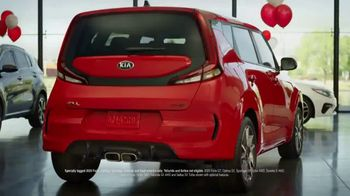 Kia Summer Sticker Sales Event TV Spot, 'Look for a Sticker' [T2] - Thumbnail 2