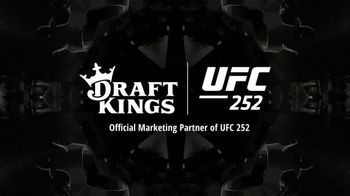 DraftKings Sportsbook TV Spot, 'UFC 252' - Thumbnail 6