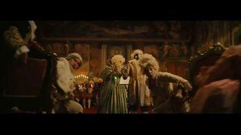 Amazon Echo TV Spot, 'Ambiente de verano' canción de Donna Summer [Spanish] - Thumbnail 3
