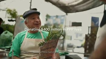 Wells Fargo TV Spot, 'Year of the Unthinkable: Drive-Up Foodbanks' - Thumbnail 7