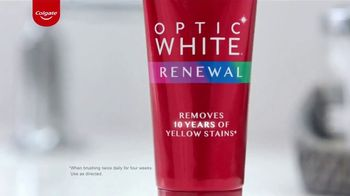 Colgate Optic White Renewal TV Spot, 'In Shape With Shake Weight' - Thumbnail 3