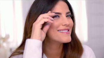Neutrogena Makeup Remover Cleansing Towelettes TV Spot, 'Fuera de línea' con Gaby Espino, canción de Audiomoe, Flo Marinez [Spanish] - Thumbnail 2