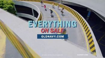 Old Navy TV Spot, 'Roll Into Spring!' Song by HOLYCHILD - Thumbnail 8