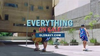 Old Navy TV Spot, 'Roll Into Spring!' Song by HOLYCHILD - Thumbnail 9