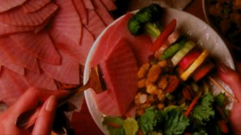 The HoneyBaked Ham Company, LLC TV Spot, 'Easter: Curbside Pickup' - Thumbnail 5