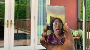 T-Mobile TV Spot, 'Quibi With Us' Featuring Anthony Anderson, Song by Etta James - Thumbnail 4