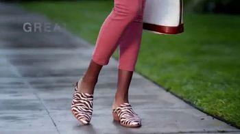 Macy's Easter Sale TV Spot, 'Extra 20 Percent: Shoes, Diamonds & Free Shipping' - Thumbnail 3