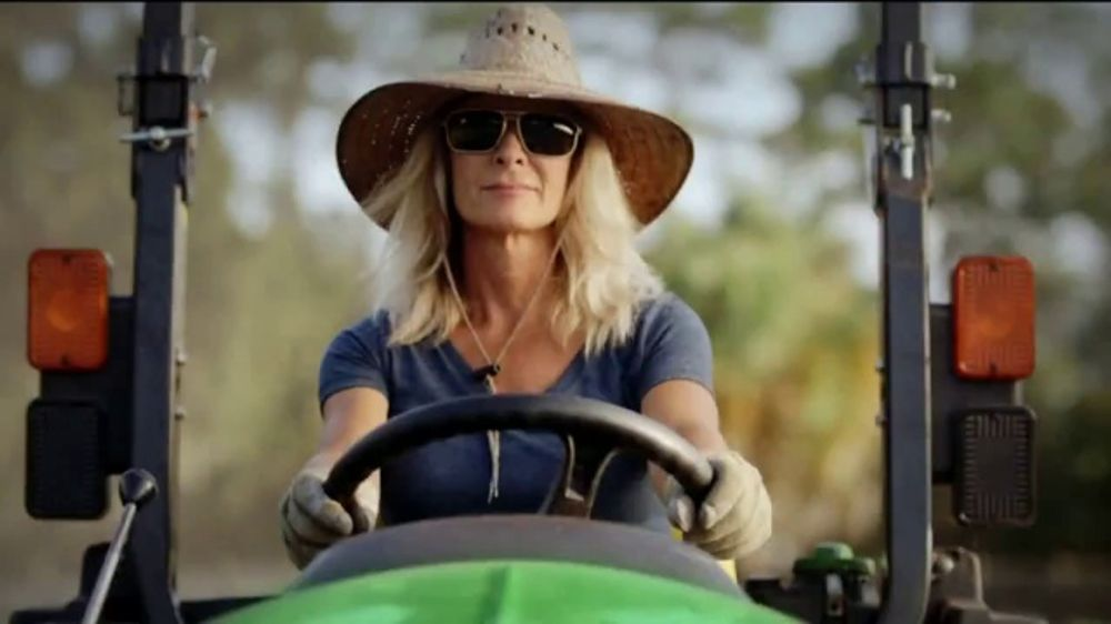 John Deere 3E Series TV Commercial, 'Karen's Land'