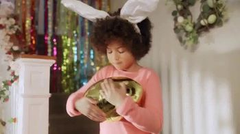Reese's Peanut Butter Egg TV Spot, 'Easter Bunny' - Thumbnail 4