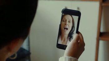 T-Mobile TV Spot, 'Seguir conectado: cuatro smartphones gratis' [Spanish] - Thumbnail 7