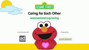 Sesame Workshop TV Spot, 'COVID-19: Caring for Each Other' - Thumbnail 7