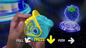Push Pop Gummy Roll TV Spot, 'Pull, Press and Push' - Thumbnail 3
