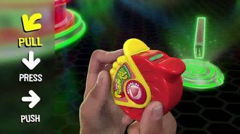 Push Pop Gummy Roll TV Spot, 'Pull, Press and Push' - Thumbnail 8