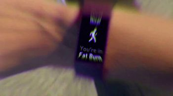 Fitbit Charge 4 TV Spot, 'The Blue Whale' - Thumbnail 5