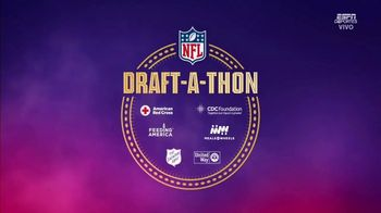 NFL Draft-A-Thon TV Spot, 'Stuck in the Car' Feat. Kevin Hart, Tom Brady, Russell Wilson - Thumbnail 1