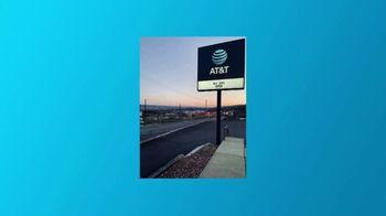AT&T Wireless TV Spot, 'Mantenerte conectado' [Spanish] - Thumbnail 6