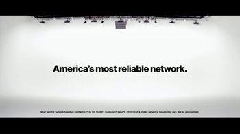 Verizon TV Spot, 'Helping Those Who Serve, Nurses, First Responders, Teachers, & Military' - Thumbnail 1