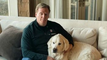 Bud Light Seltzer TV Spot, 'Keeping The Tradition' Featuring Roger Goodell - Thumbnail 4