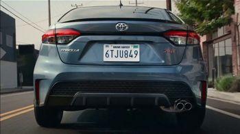 2020 Toyota Corolla TV Spot, 'The Pack' Song by Alex Britten, AX UX [T1] - Thumbnail 2