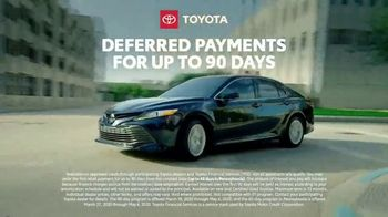 Toyota TV Spot, 'Here to Help: On the Road: Service' [T1] - Thumbnail 6