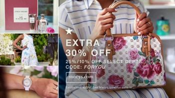 Macy's TV Spot, 'Mother's Day: The Small Things: Extended Savings' - Thumbnail 7