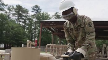 Army National Guard TV Spot, 'Option to Train and Learn Skills'