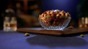 Planters Deluxe Mixed Nuts TV Spot, 'For the Cravers' - Thumbnail 9