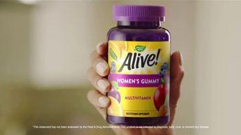 Nature's Way Alive! TV Spot, 'Alive & Thriving: Basketball' - Thumbnail 5