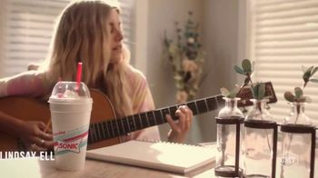 Sonic Drive-In Toasted S'mores Shake TV Spot, 'CMT: Being a Friend' Featuring Cassadee Pope, Lindsay Ell - Thumbnail 3