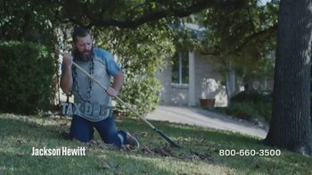 Jackson Hewitt Tax Debt Resolution TV Spot, 'Break Free' - Thumbnail 1