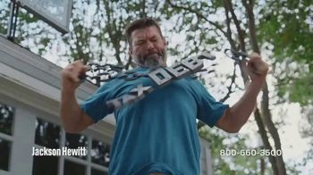 Jackson Hewitt Tax Debt Resolution TV Spot, 'Break Free' - Thumbnail 4