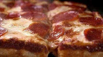 Jet's Pizza Anniversary Special TV Spot, 'Eight Corner Pizza' - Thumbnail 6