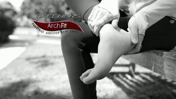 SKECHERS Arch Fit TV Spot, 'Estrés en los pies' [Spanish] - Thumbnail 2
