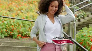 SKECHERS Arch Fit TV Spot, 'Estrés en los pies' [Spanish] - Thumbnail 3