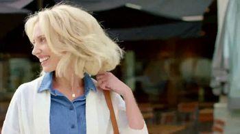 SKECHERS Arch Fit TV Spot, 'Estrés en los pies' [Spanish] - Thumbnail 7