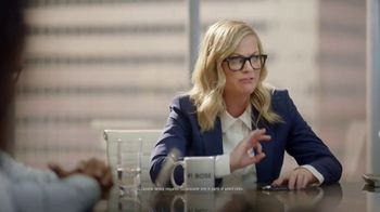 XFINITY Mobile TV Spot, 'Your Wireless, Your Rules: Save Up to $400' Featuring Amy Poehler - Thumbnail 4