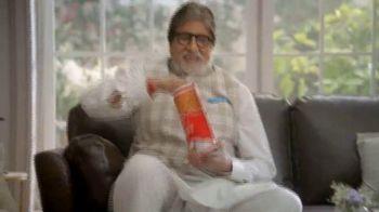 Bikaji TV Spot, 'Amitji Loves Bikaji- Sharing Is Caring?' Featuring Amitabh Bachchan - Thumbnail 8