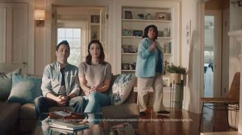 GEICO TV Spot, 'Aunt Infestation' - Thumbnail 3