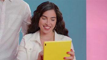 Target TV Spot, 'Listos para la escuela sin contacto. Check.' canción de Jarina de Marco [Spanish] - Thumbnail 2